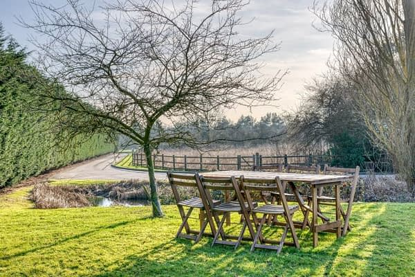 rustic table hire sussex